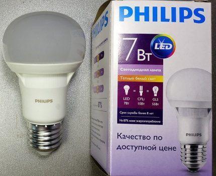 772d4fafbb1 Tänu Philipsi valgustusjaotuse pidevale tööle moderniseerimismudelite osas  muutuvad LED-lambid aasta-aastalt odavamaks. Esimesed prototüübid müüdi  SRÜs ...