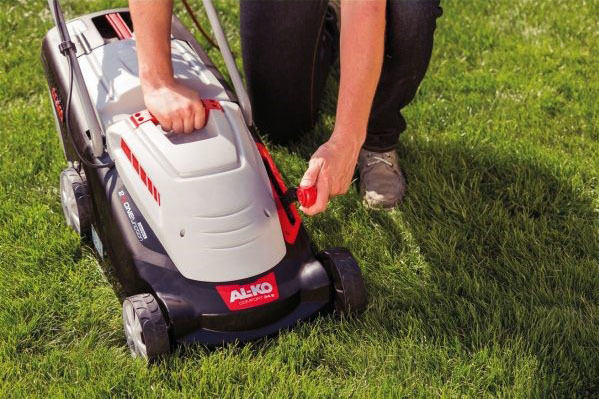 Electric lawn mower - ranking of the best models of proven manufacturers